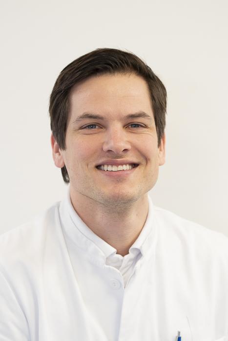 OA Dr. Nils Prenzler