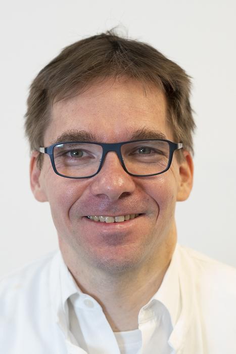 OA Prof. Dr. Magnus Teschner, MBA